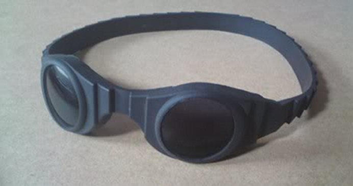 chronicles_of_riddick_goggles_by_its_ben