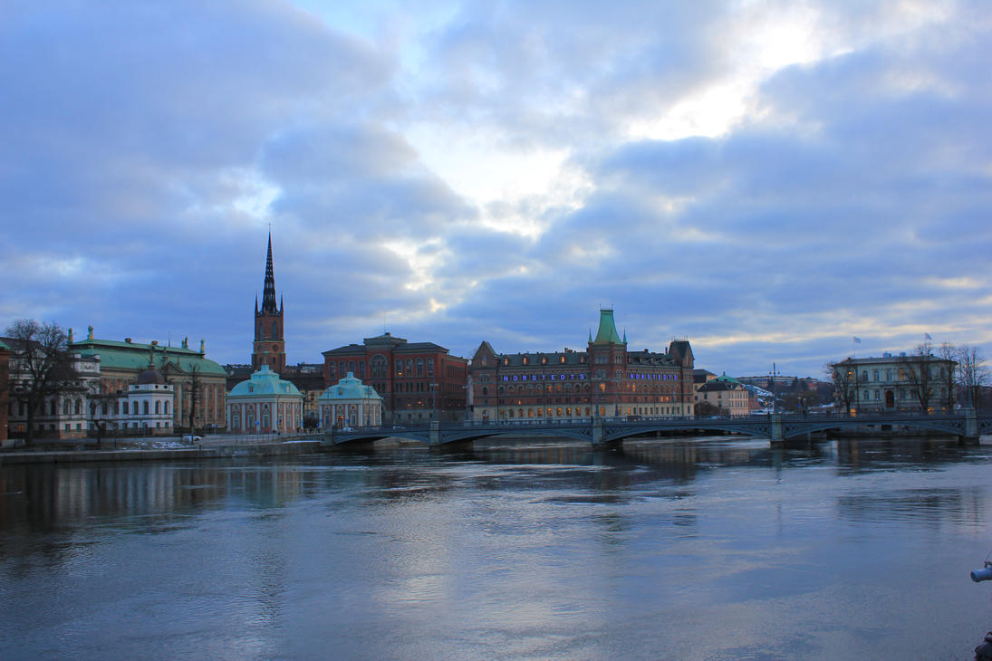 Sunset in Stockholm by wolfanger17