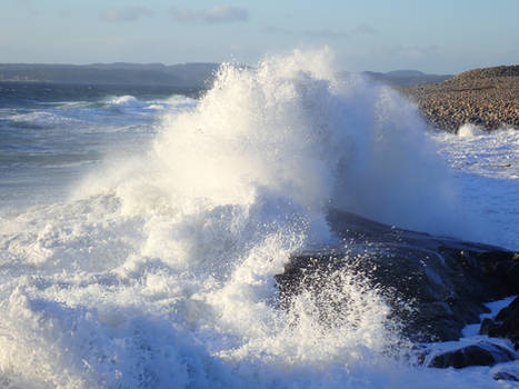 Wave pounding