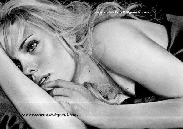 Scarlett JOHANSSON by Sadness40