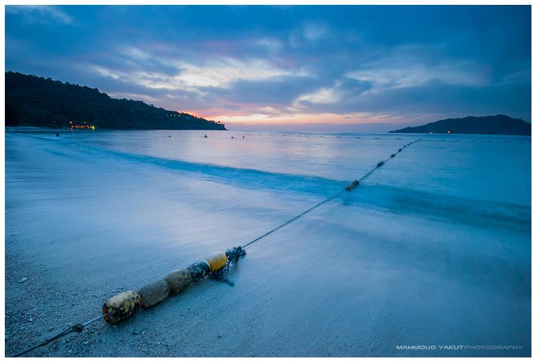 Tri Trang Beach by MahmoudYakut