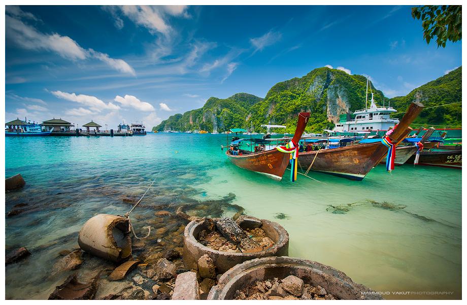 Phi Phi Island by MahmoudYakut