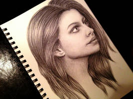 Anne Hathaway Portrait by grandiosedelusions