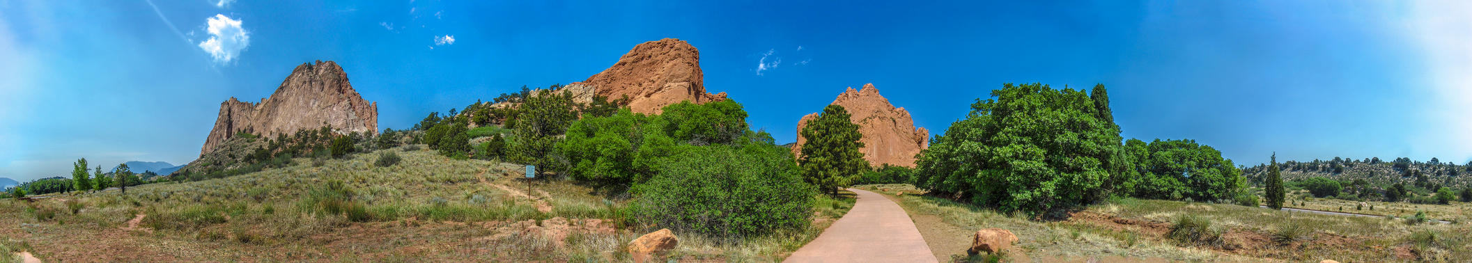 Garden Of the gods Panorama by tim-bot