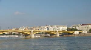 Margaret Bridge by setanta5
