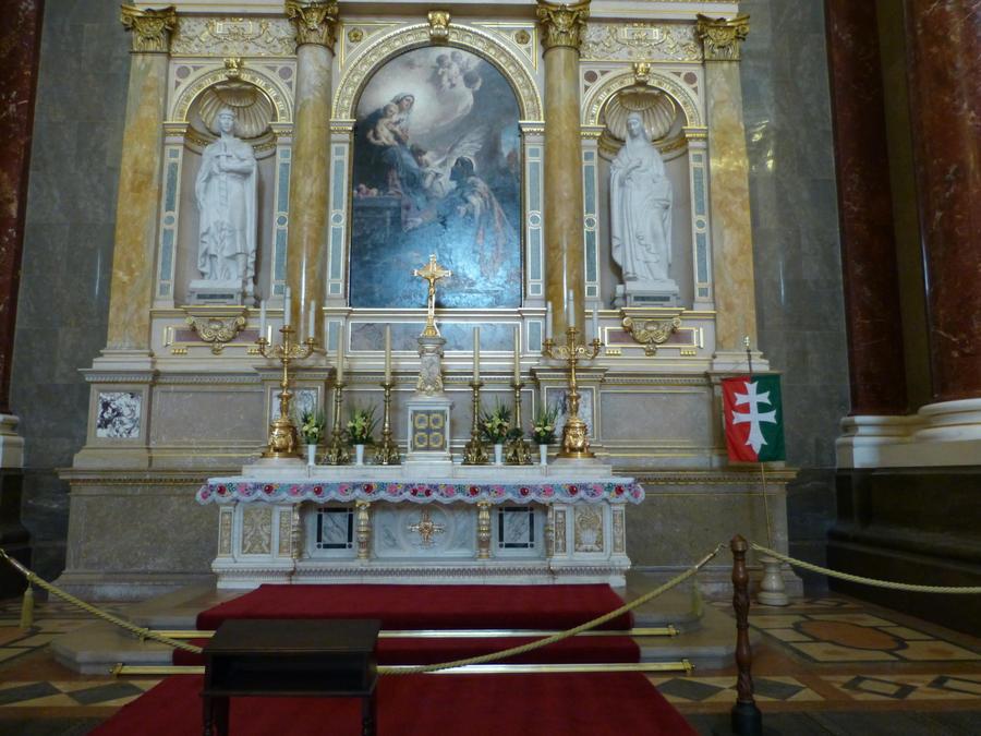 Inside St. Stephen's Basilica I by setanta5