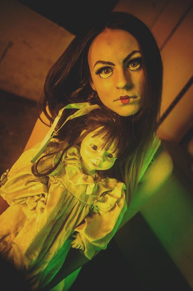 Living Dolls by SifraCos