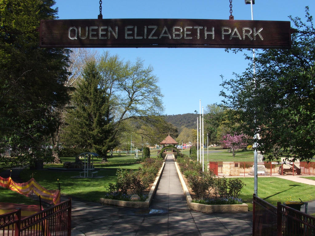 Queen Elizabeth Park Lithgow 5 Spring By Stonedsmeagol
