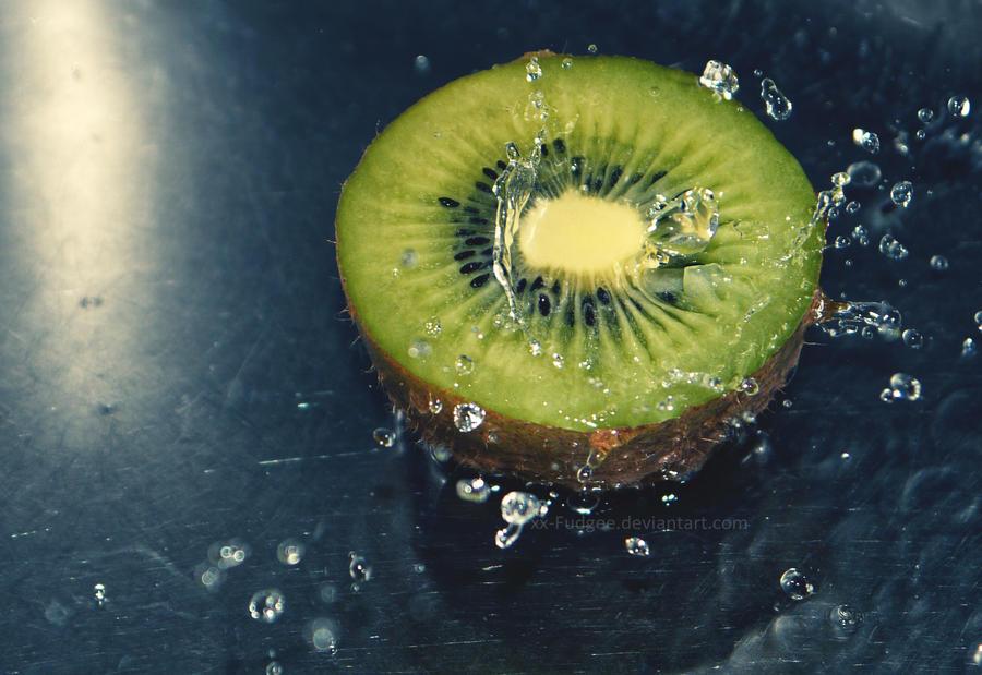 Kiwi by Fudgee0