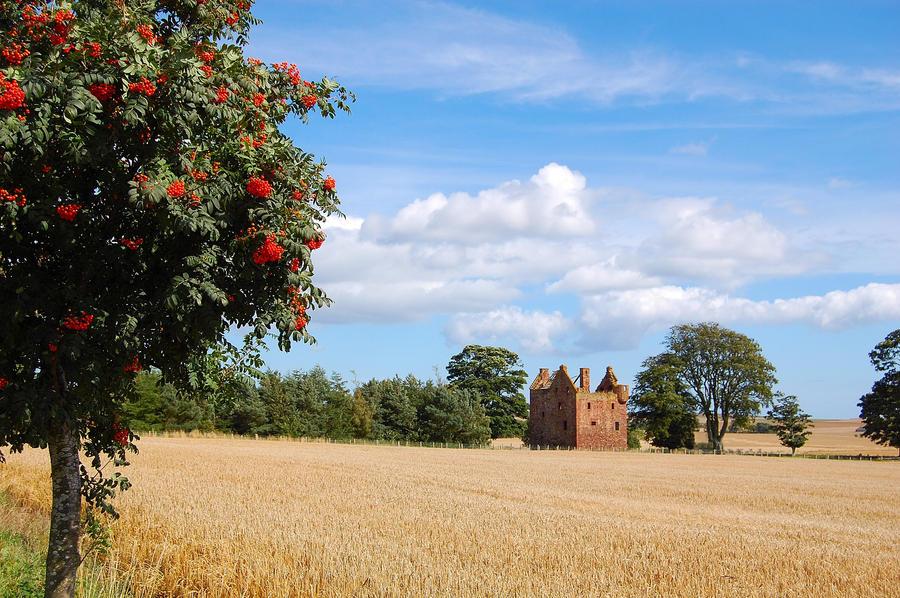 Wester Braikie Castle. by lichtie