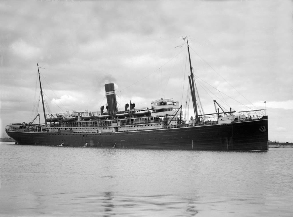 Kyarra 1903 sunk English Channel 1918 at Melbourne by lichtie