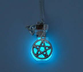 Glowing Pentagram Necklace