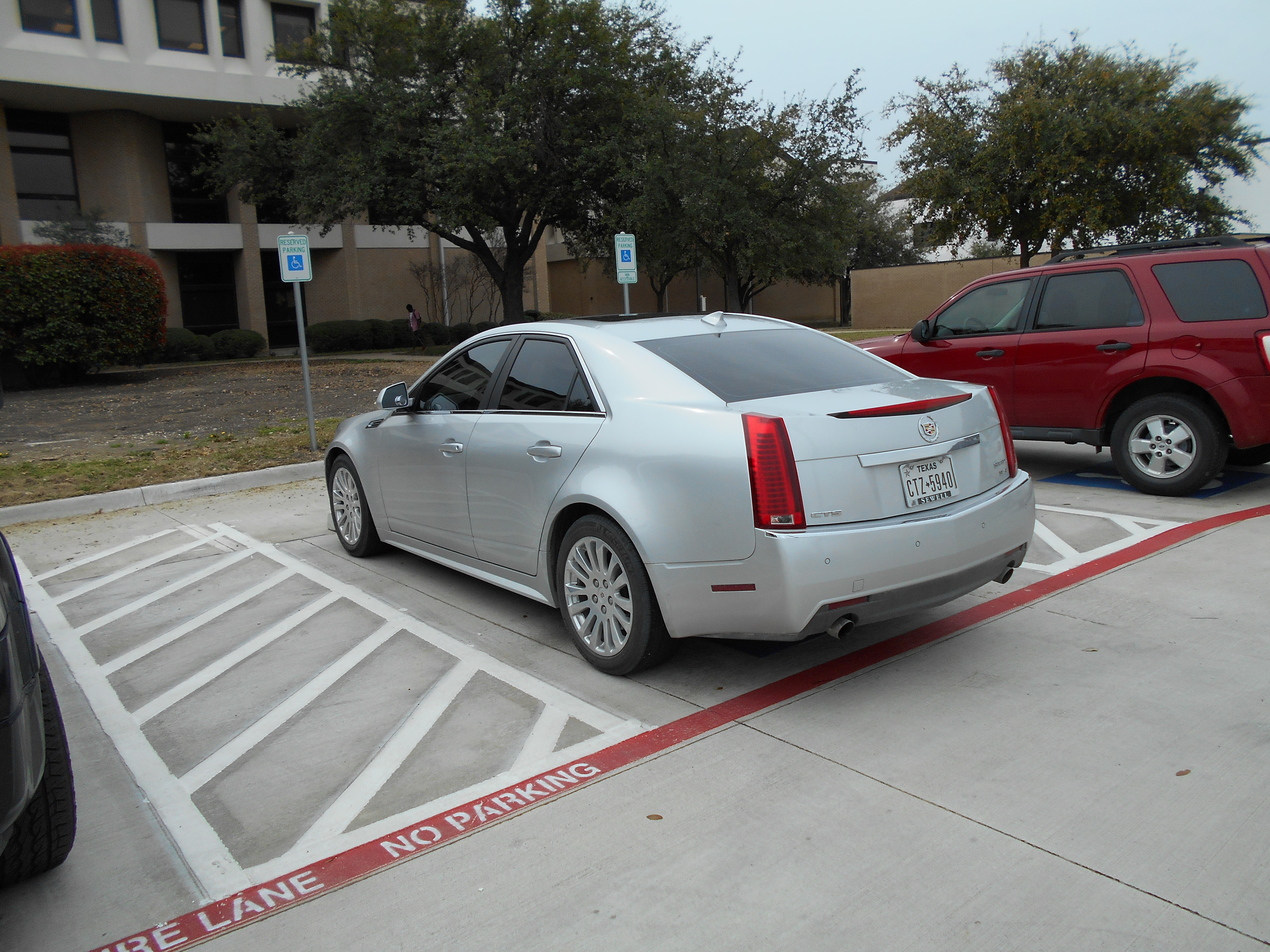prices cadillac sedan international intl sts price performance specs aa overview