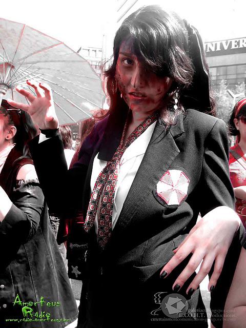 Zombie Cosplay Resident Evil by konohanauzumaki