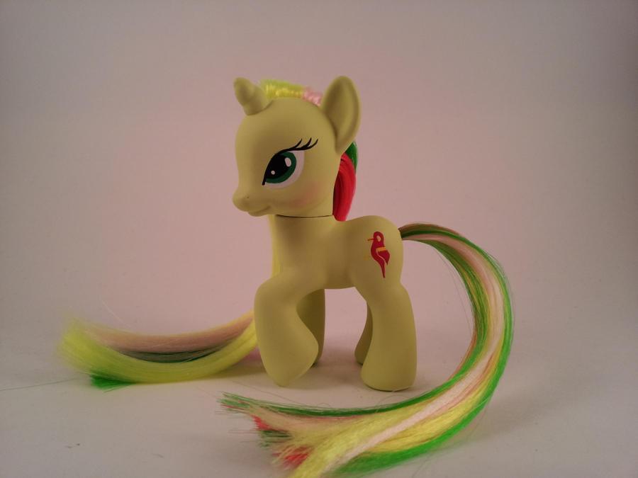 G4 Mimic - custom pony by hannaliten