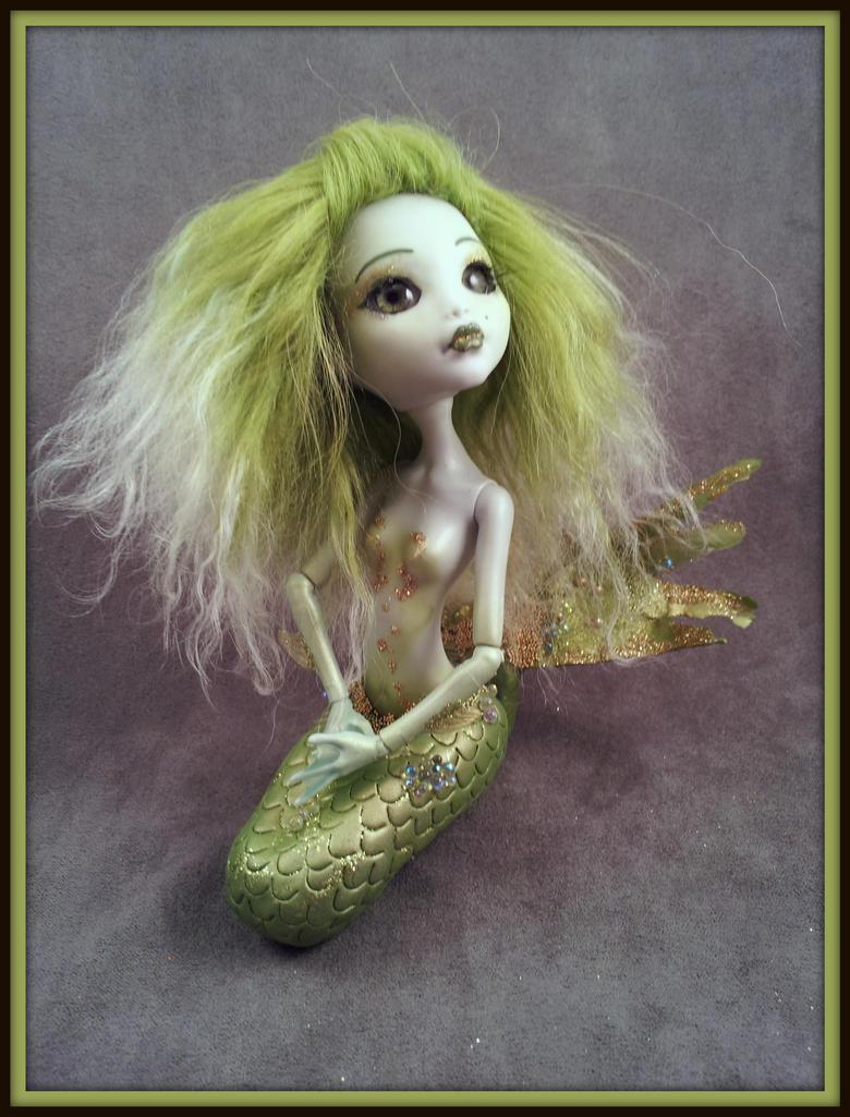 Alexis - a custom Monster High mermaid by hannaliten