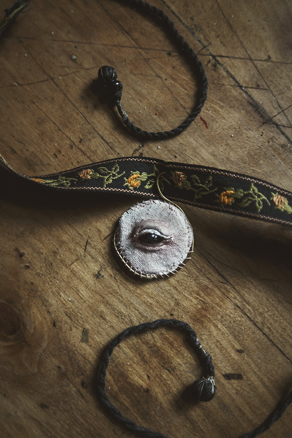 Eye pendant by tulismanore