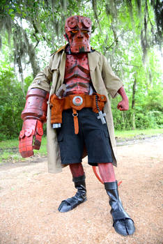 Mike Mignola Hellboy Cosplay