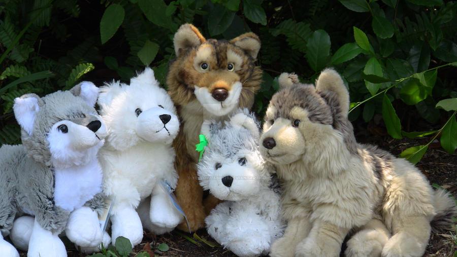 Webkinz Wolf Family by YellowLab8078 on DeviantArt