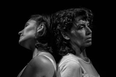 Mujeres de Arena (2) by adn-pera