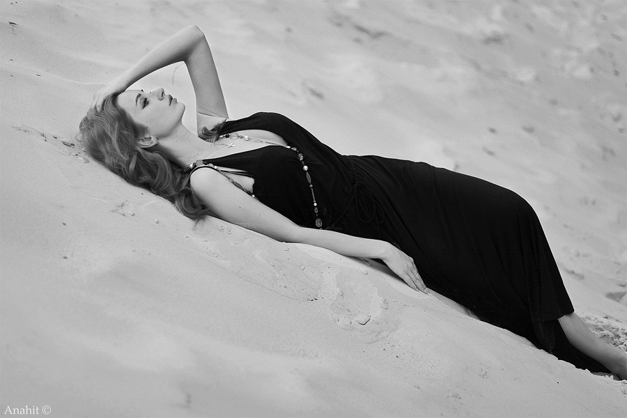 in the sands of one by VAMPIdor