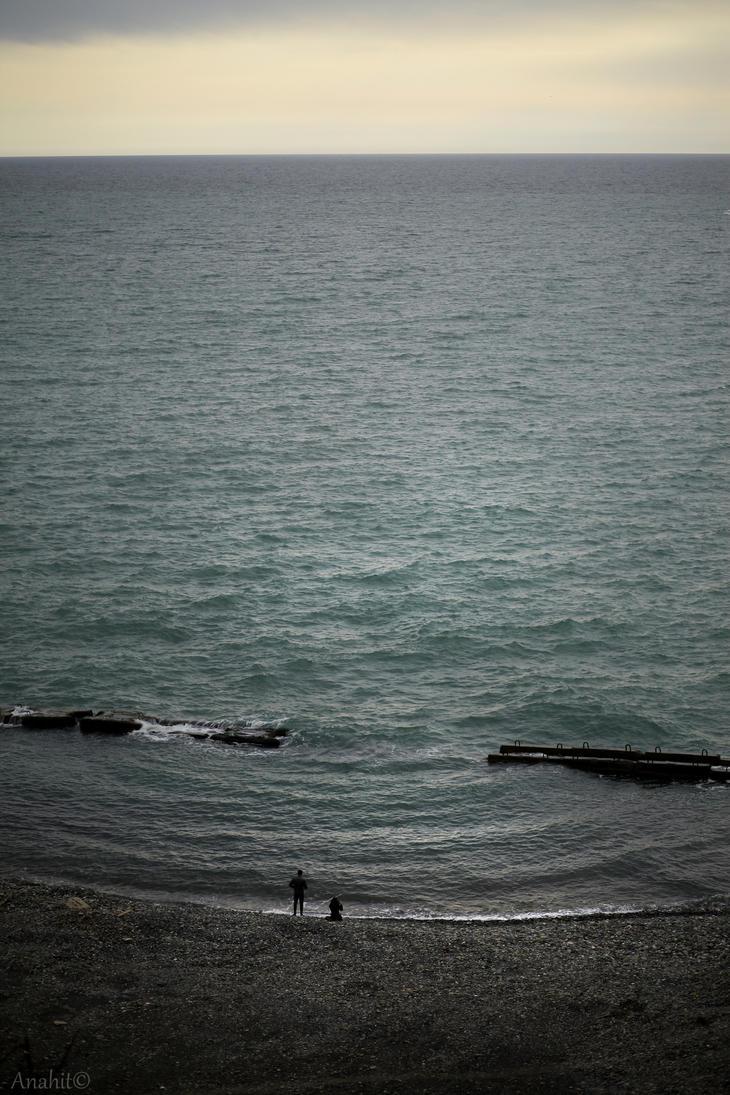 Gray sea of peace by VAMPIdor