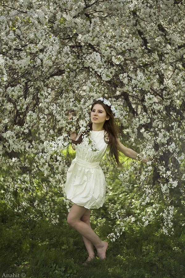 Girl spring by VAMPIdor