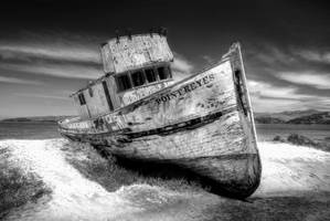 Point Reyes monochrome by PaulWeber