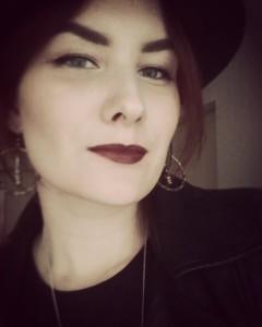 SuzieSilentrose's Profile Picture