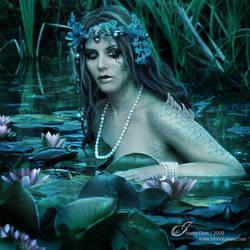 Swamp Siren by Shinobinaku