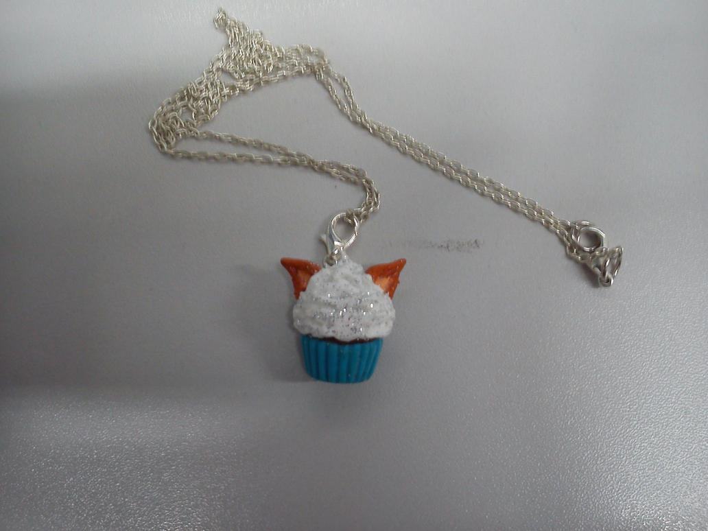 FOX EARED CUPCAKE NECKLACE!!! by Miku-Nyan02