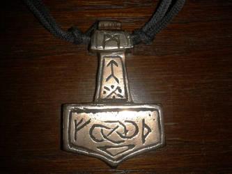 Thor's Hammer by wafflewoffle