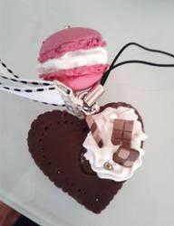 Heart cookie by MochiMix