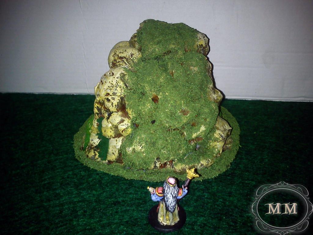Kapłan Moradina znajduje dziwną skałę