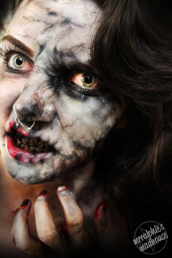 'It's a Zombie kinda day..' by mrralphie