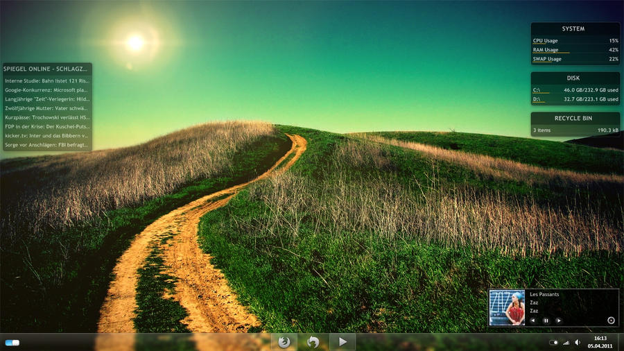 Desktop April 2011 by blend-mouse