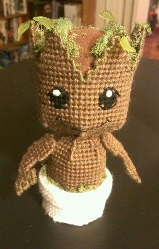 Baby Groot - Plastic Canvas by sanzosgal