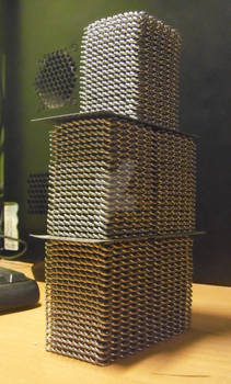 Tower of chainmaille