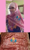 Pinkie Hijab Embroidery