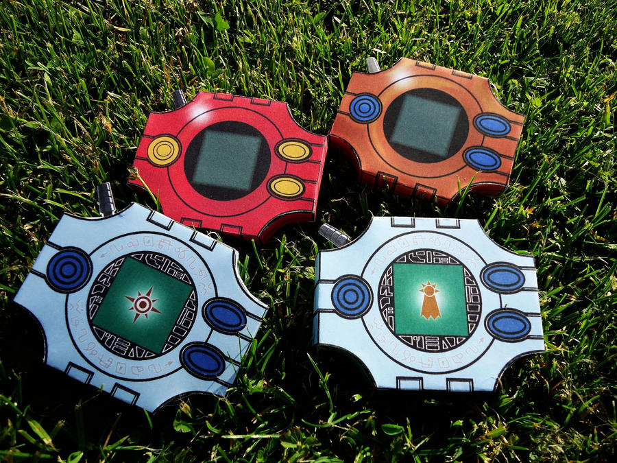 _digimon__digivices___papercraft_by_mixowelle-d4zv7o6.jpg