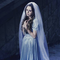 Lunar bride by eemotional