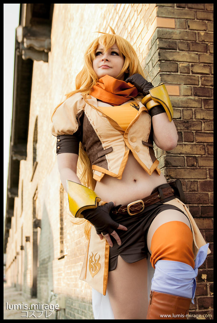 Yang : RWBY 2 by Lumis-Mirage