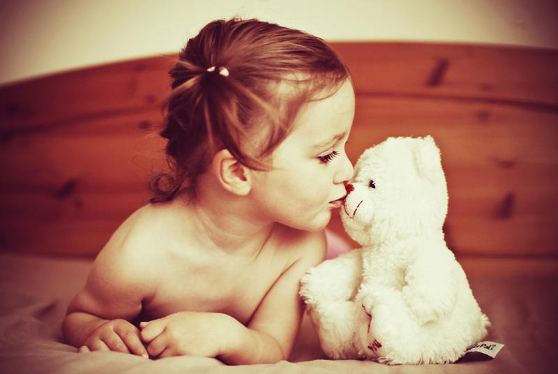 bear kiss by monikha