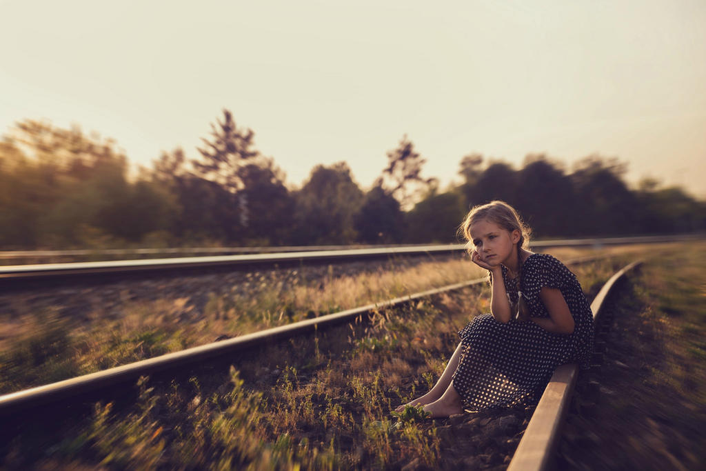 summertime sadness by monikha