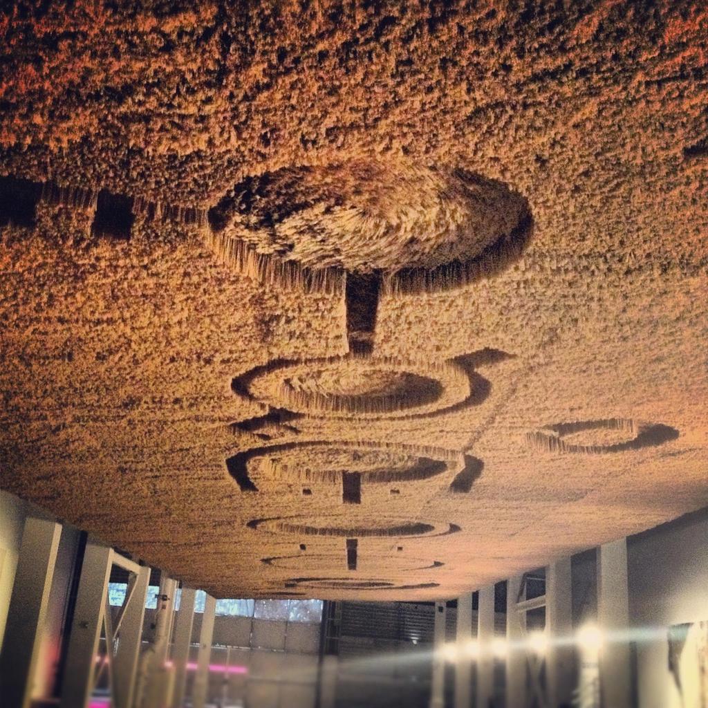 Aliens on the Ceiling! by endosage