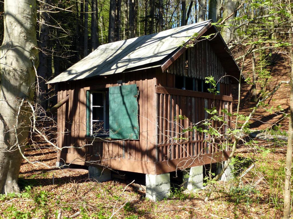 Altes Bienenhaus 1 by HansBr