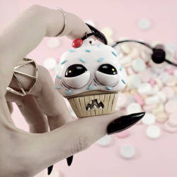 Ugly Cupcake Necklace by TrueCrimeberry