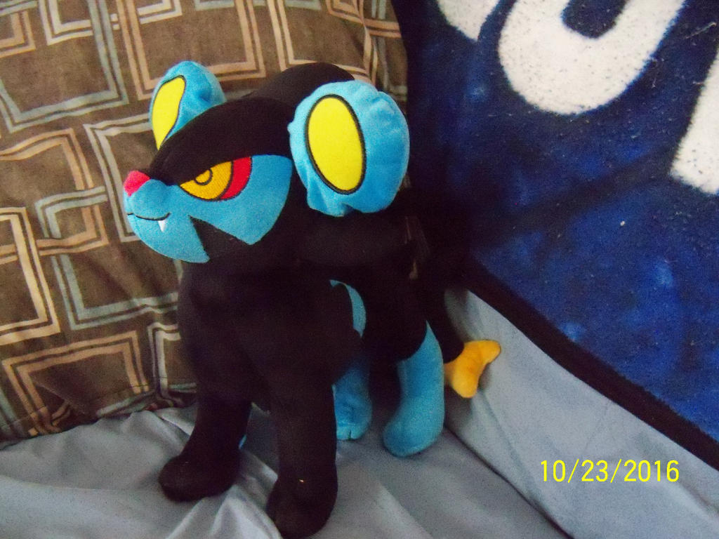 New plush: Luxray by SusanLucarioFan16