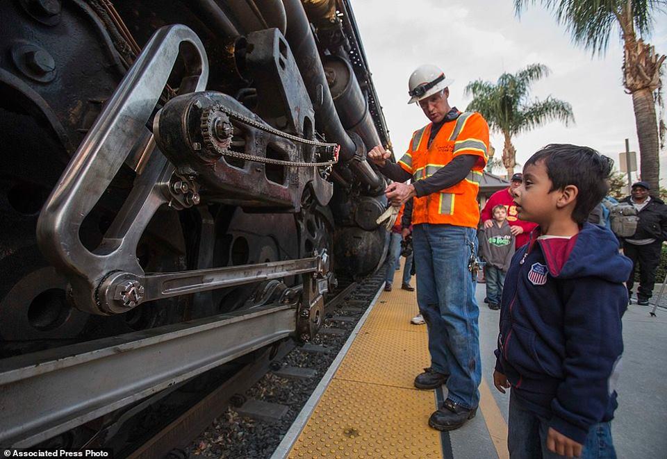 Union Pacific Big Boy 4014   Covina California by glenn42558