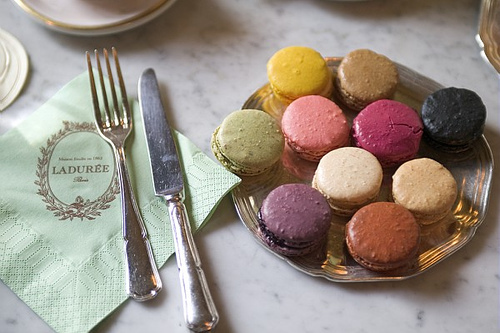 macaroons. by fourthstripe